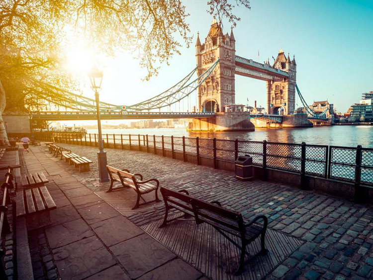 Experience London and Paris